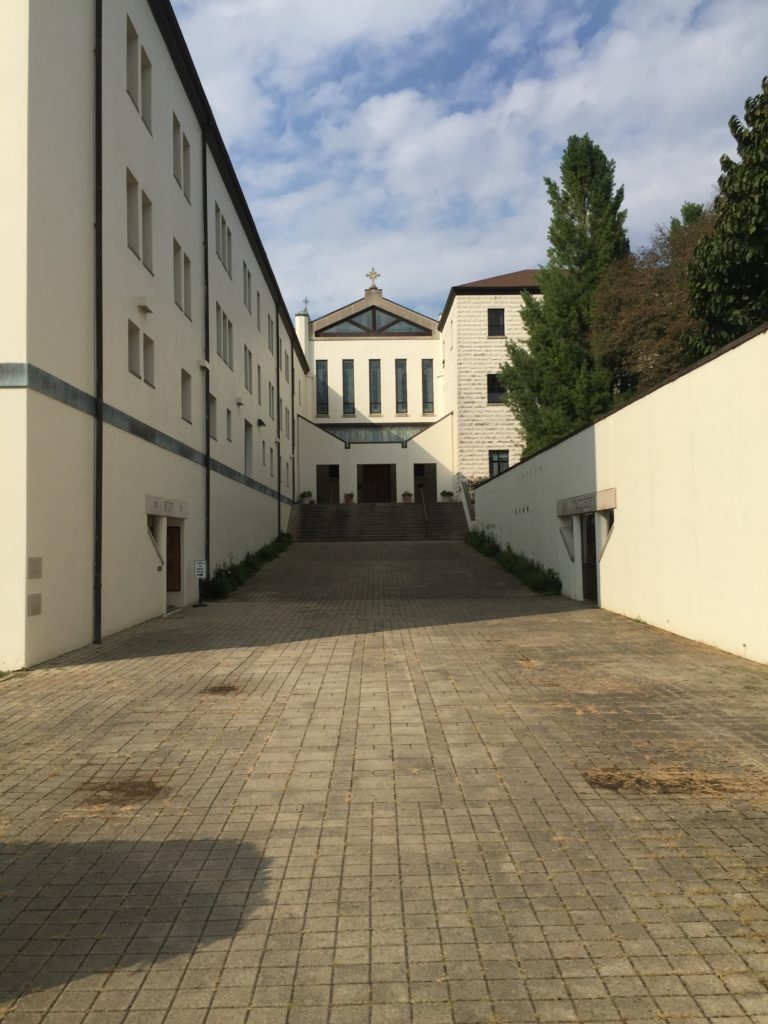 abbeyfront